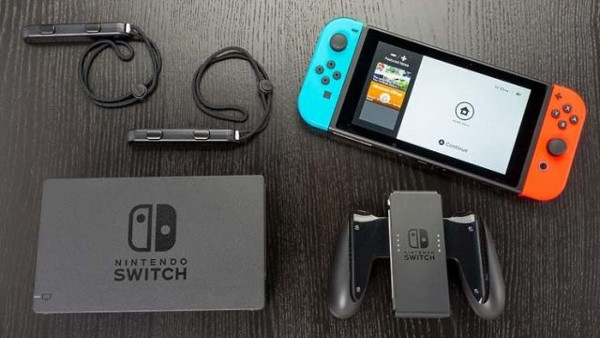 Nintendo Switch : Contenu de la boite