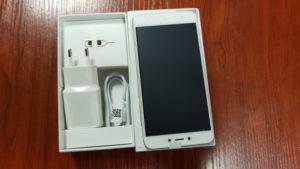 Xiaomi Redmi 4x : Contenu de la boite